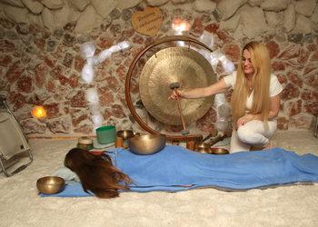 Krakowska Jaskinia Solna - masaż misami terapeutycznymi i kamertonami