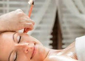 Visage Salon kosmetyczny - świecowanie uszu