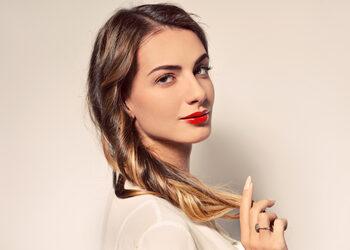 B.R.O.W.S brow bar - love my brows ( modelowanie, koloryzacja lub tonowanie, pielęgnacja, lekki makijaż brwi)