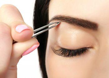 Studio Paznokcia AS Professional Beauty - regulacja brwi