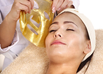 Body & Mind massage by HANKA KRASZCZYŃSKA - 17 złoty peeling, złota maska i masaż twarzy / gold peeling, mask & massage facial treatment