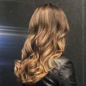 For Hair Hotel Renaissance Okęcie - Flesze przy koloryzacji