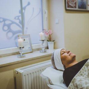 Vessna gabinet kosmetyczny Paulina Ostrowska - Dogłębne wodorowe oczyszczanie twarzy