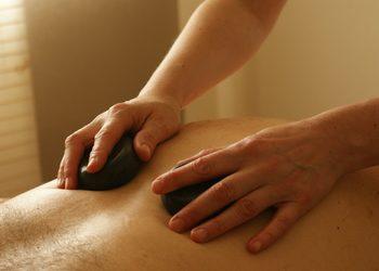 REN centrum treningu i fizjoterapii - masaż bańką chińską