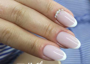 BeShine Studio Urody  - manicure hybrydowy frencz / zdobienie