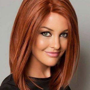Beauty Salon Matrioshka  - Strzyżenie damskie z modelowaniem średnie włosy