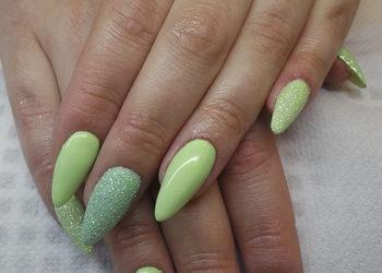 Salon MAGNETIC - Przedłużanie paznokci ze zwężaniem