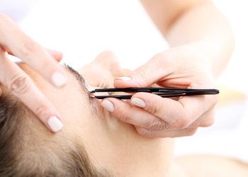 Salon MAGNETIC - Regulacja brwi
