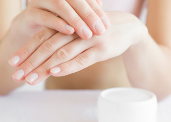 Salon MAGNETIC - Regeneracja paznokci