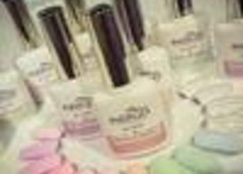 Pracownia Kosmetyczna Pracownia Fryzjerska - manicure hybrydowy