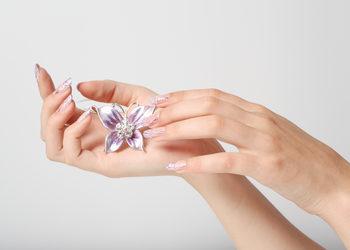SPAandGO  - stylizacja paznokci medotą żelową french na szablonie