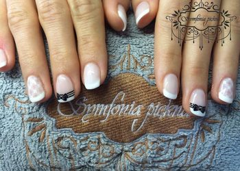 Instytut Urody Symfonia Piękna - manicure hybrydowy