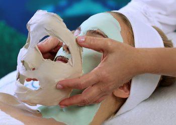 Instytut Urody Symfonia Piękna - four layer facial - zabieg 4 warstwowy