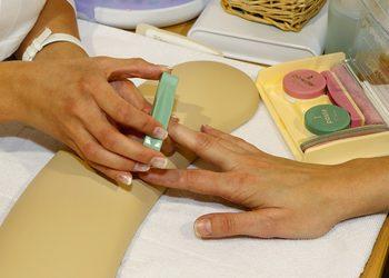 KCM Beauty & Medical Spa  - manicure japoński