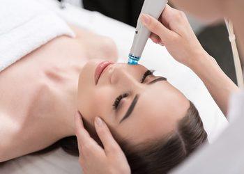 Mag-Beauty Studio Piękna - zabieg oczyszczania wodorowego premium