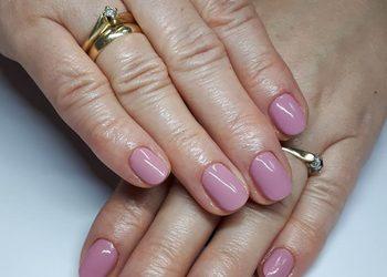 Efectivo Gabinet Kosmetologiczny Studio Wizażu i Charakteryzacji - manicure hybrydowy kombinowany