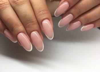 Efectivo Gabinet Kosmetologiczny Studio Wizażu i Charakteryzacji - przedłużenie paznokci żelem promocja