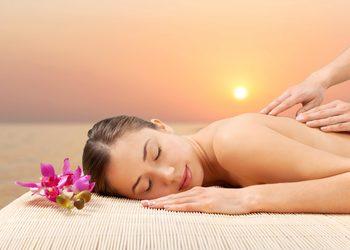 Studio Masażu i Terapii Naturalnej JuriMo - hawajski masaż lomi - lomi