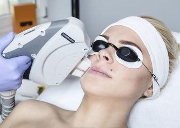 YASUMI CHOSZCZNO - bbl-fotodynamiczne odmładzanie skóry na poziomie materiału genetycznego