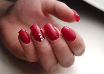 KLINIKA MORENA - przedłużanie paznokci metodą żelową