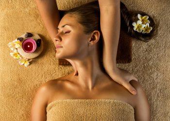 """Studio Masażu i Terapii Naturalnej JuriMo - masaż holistyczny """"od stóp do głowy"""""""