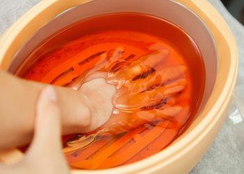 Easy Waxing - 5 manicure klasyczny bez malowania spa z parafiną