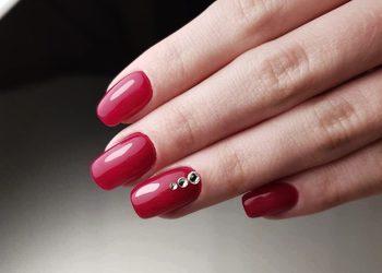 KLINIKA MORENA - manicure kombinowany