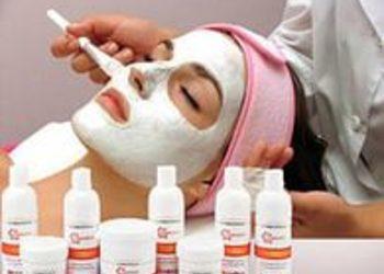 Instytut Kosmetologii Twarzy i ciała MONROE - comodex- zabieg oczyszczający