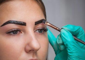 Crystal Clinic - henna rzęs i brwi z regulacją