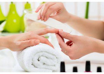 Crystal Clinic - manicure bez malowania