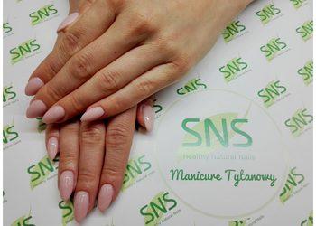 V&K Cosmetic - manicure tytanowy  z przedłużaniem
