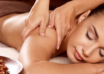 ATURI ORIENT MASSAGE - african shea butter massage 60min