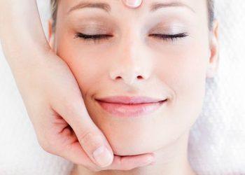 Instytut Urody POR FAVOR - masaż twarzy, szyi i dekoltu