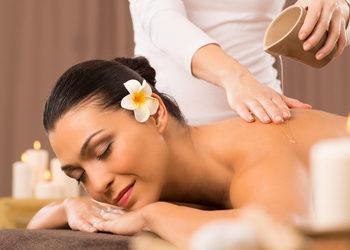 Instytut Urody POR FAVOR - masaż relaksacyjny na ciepłym maśle shea