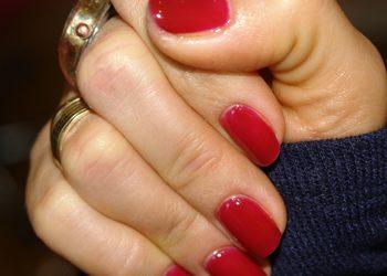 "Salon ""EVITA"" - manicure + malowanie paznokci"