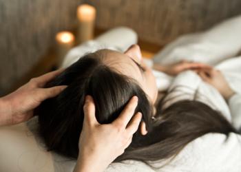 Manaw Spa - indyjski masaż głowy