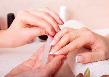 4566 - manicure