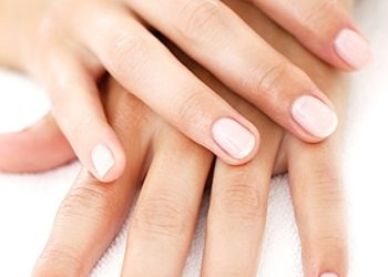 Studio Paznokcia AS Professional Beauty - manicure + baza ultra strong
