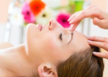 "Salon ""EVITA"" - masaż (twarz, szyja, dekolt)"