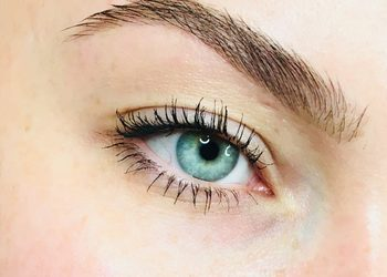 B.R.O.W.S brow bar - 7.✬ ✬ ✬ keratin brows ✬ ✬ ✬  modelowanie łuku brwiowego, koloryzacja, keratynowa kuracja odżywczo-wygładzająca, lekki makijaż brwi.
