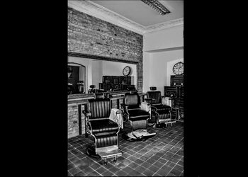 BARBER SHOP OLD TOWN