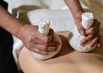 Yaowares - masaż gorącymi stemplami ziołowymi 60 minut